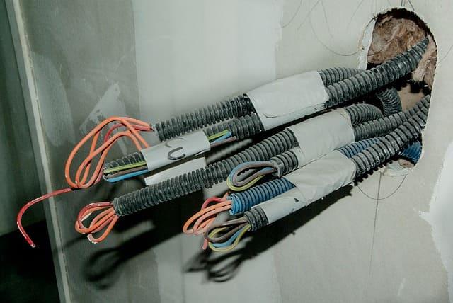 бизнес электромонтажные работы