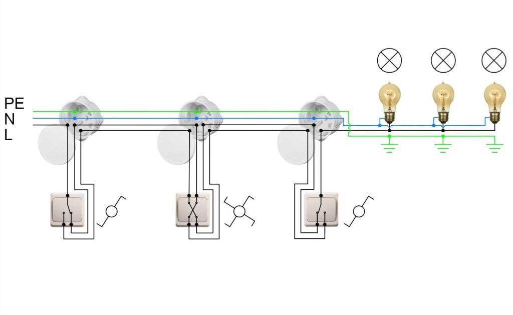 Схема с проходными переключателями и перекрестным переключателем